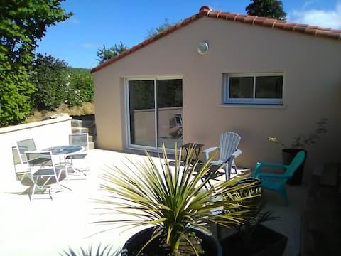 25min Puy du fou studio neuf 2/4 p terrasse calme