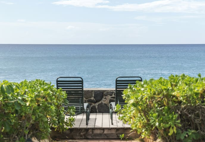 Makaha Beach House 3BR/2BA - Best Oceanfront Value