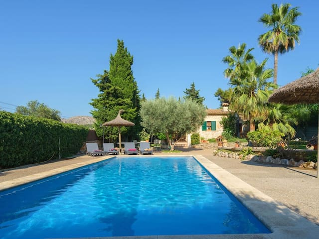 Near the beach with pool - Villa Es Pujolet