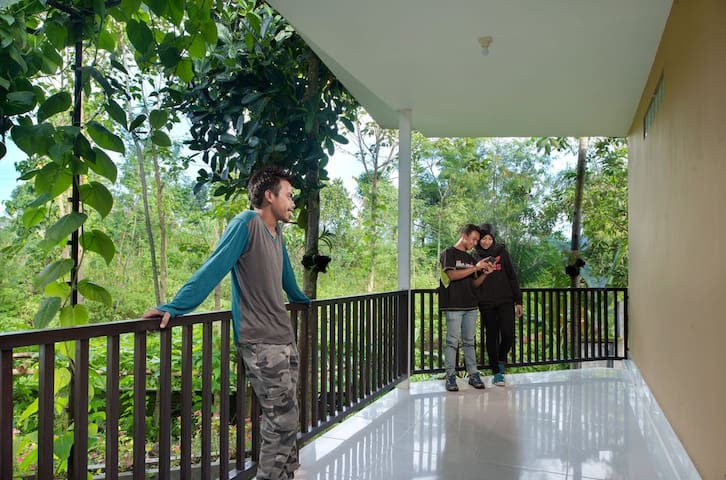 A comfortable dorm in Rinjani Garden Lombok