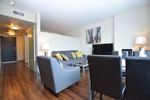 Intern Special! Beautiful High Rise 1bd KG