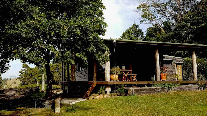 Idyllic cabin on the Dorrigo Escarpment