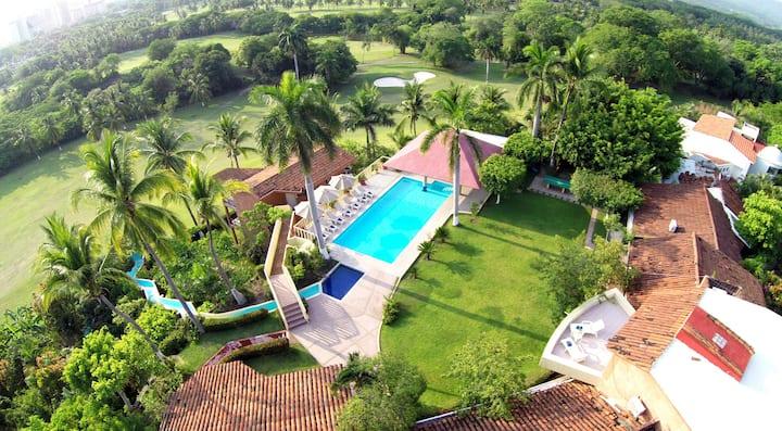 Coral Vista del Mar, Zona Residencial en Ixtapa