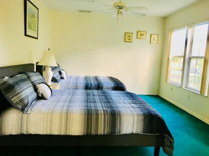 Perfect Disney Davenport Gated Frndly PRIVATE ROOM