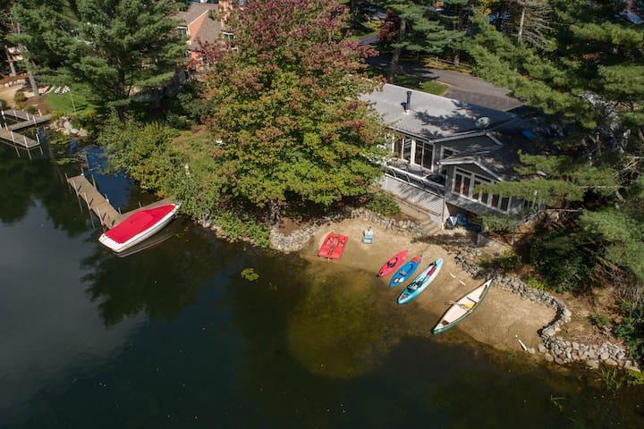 4 BR/ 2BA w/ Beach Lake House