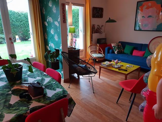 Appartement rez de jardin proche centre et mer