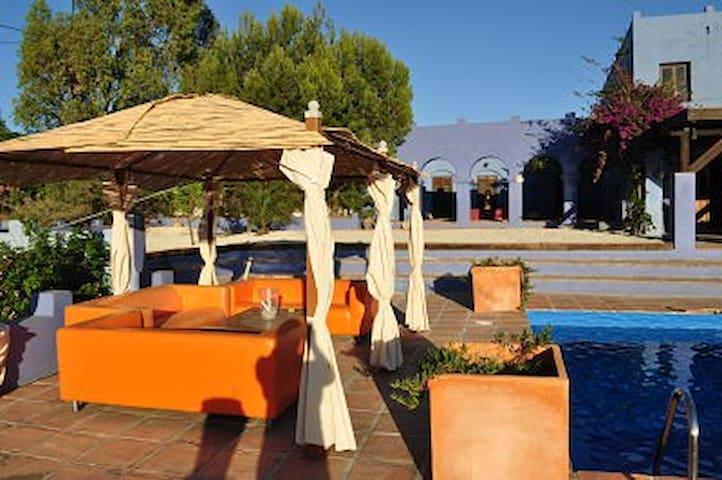Stunning moorish villa. - Viñuela - Huvila
