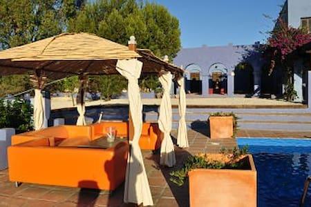 Stunning moorish villa - Viñuela
