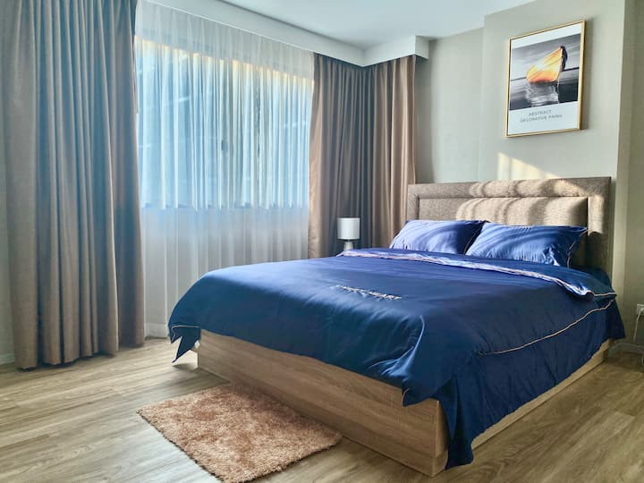 #Stay with Bangkok#Si Lom #Family Room#AISATIQUE