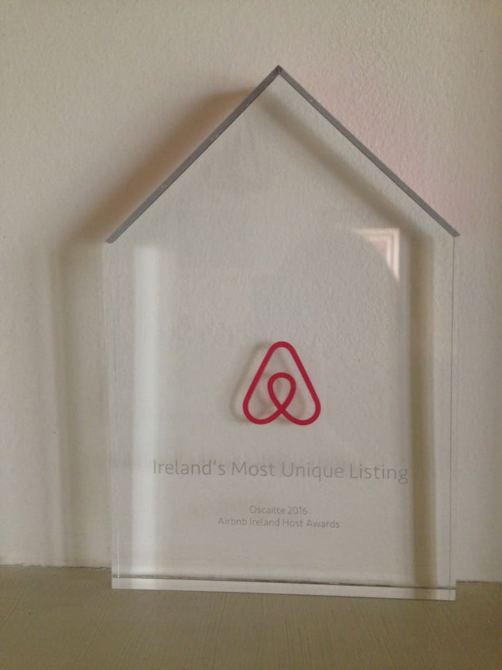 """Winner of 2016 Award in Airbnb  """"Most Unique Listing"""""""