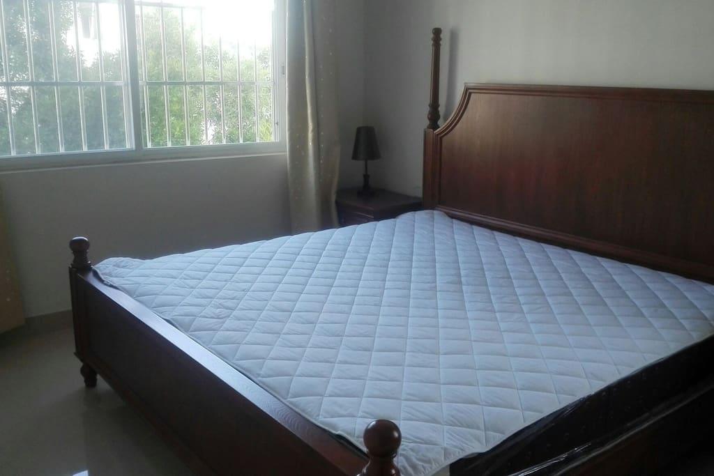 2米x2米大床