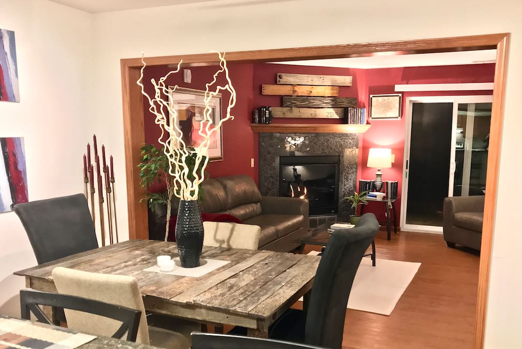 Modern Rustic 2 Bedroom 1 5 Bath Private Townhome