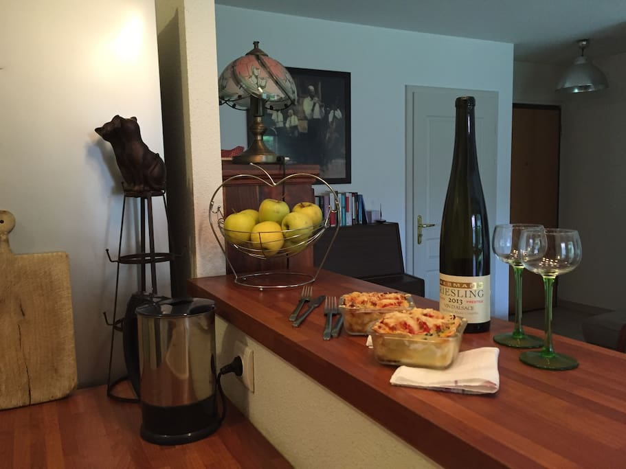 Easy to repose at home with delicious local specialties after a long day of exploring.