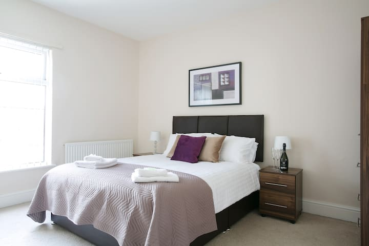 Cozy 2 bed terrace in Manchester