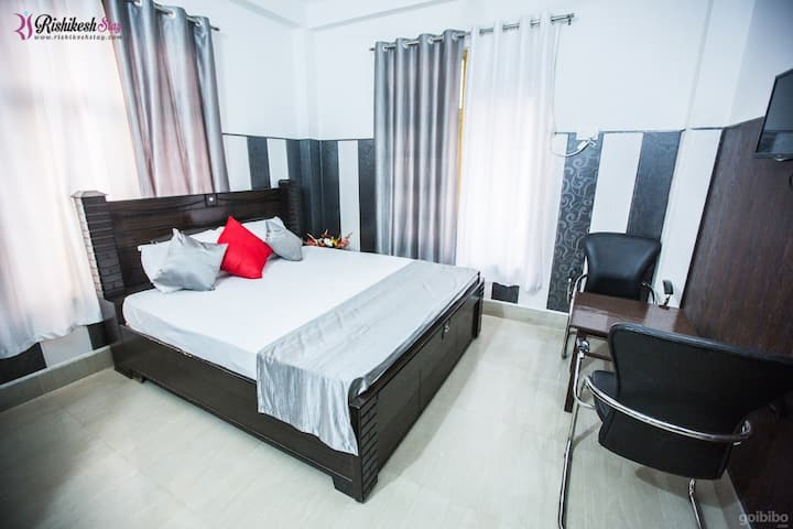 Rishikesh Stay Deluxe Room 206