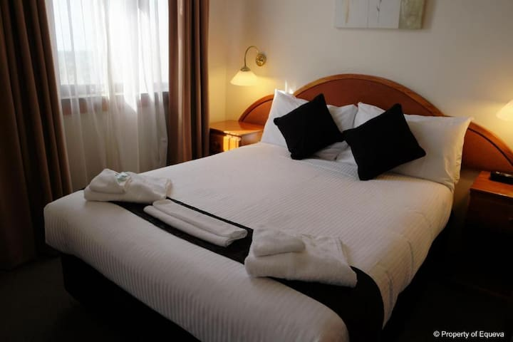 The Metropole Guest House - Double Room