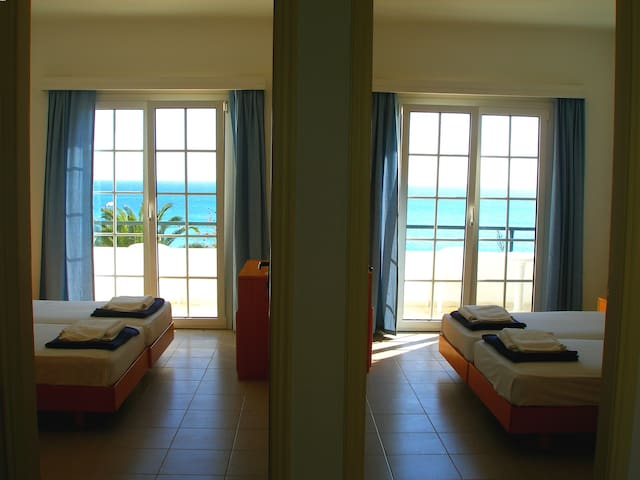 Apartment with sea view 7