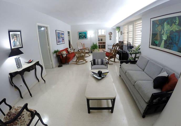 Downtown Havana Apartment