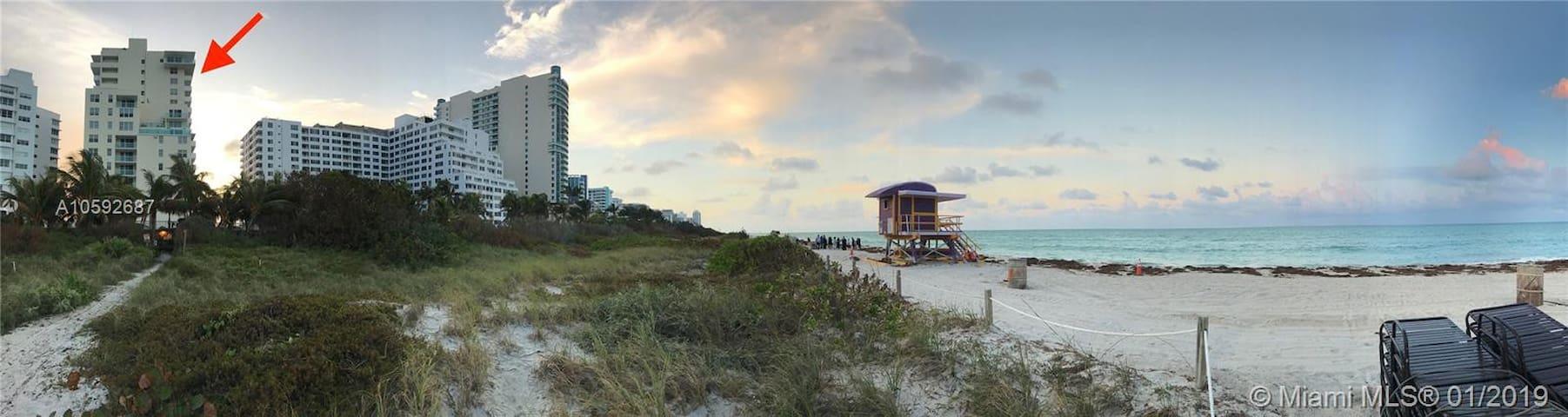 Stunning Beach Apartment!