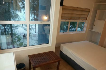 Holiday In Maldives - Hulhumale - Bed & Breakfast