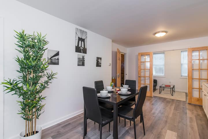 Newly Renovated Modern 1BR Apartment