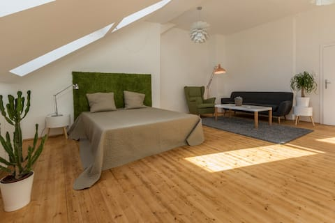 Mooie 80m² met balkon zeer centraal +gratis airco