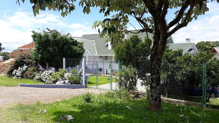 Apartamento na serra, quase em Gramado