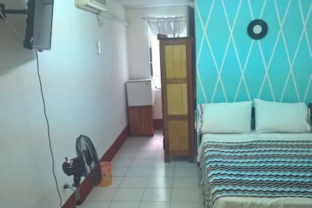 Single room - Belize City