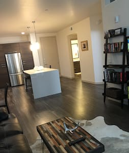 Urban Canyon Style 1bd 4th Floor New Apartment - Scottsdale - Lägenhet