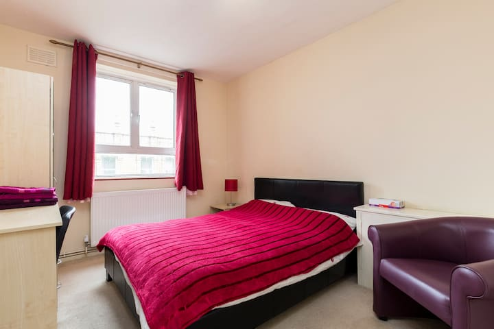 COSY DOUBLE BEDROOM - CLOSE TO CENTRAL - London - Apartment
