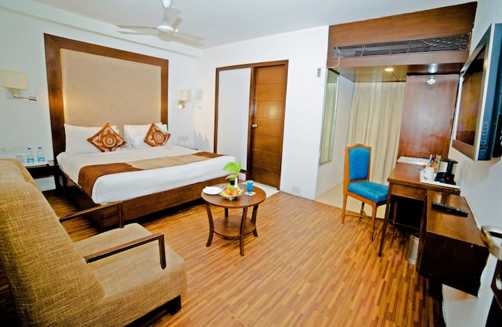 Private Room @ Bhavnagar with Exquisite Facilities