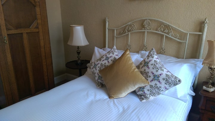 The Cathcart Room, Lochinver Guest House