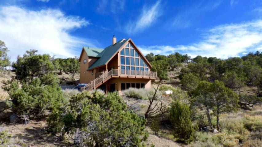 Mountain views and privacy - Montrose, Colorado, US - House