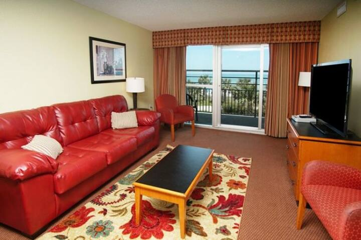 Bay View Resort #207, 2 BR Condo with Gorgeous Ocean Views, Indoor Outdoor Pool, Hot Tub, Lazy River and Kiddie Pool