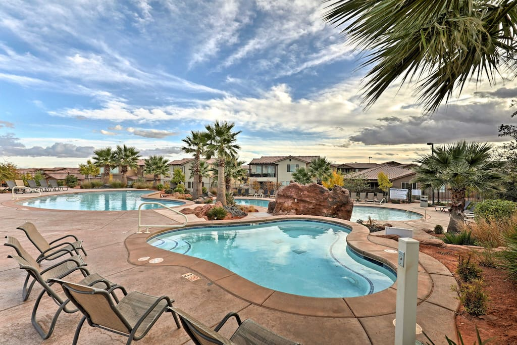 While staying in Paradise Village at Zion, you'll have access to shared swimming pools, a hot tub, tennis courts, and fitness center.