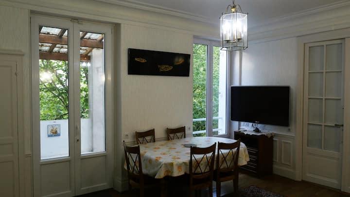 Appartement proche Paris, calme et verdure