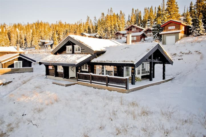 Large cozy cabin in the mountains - Hafjell - Cabana