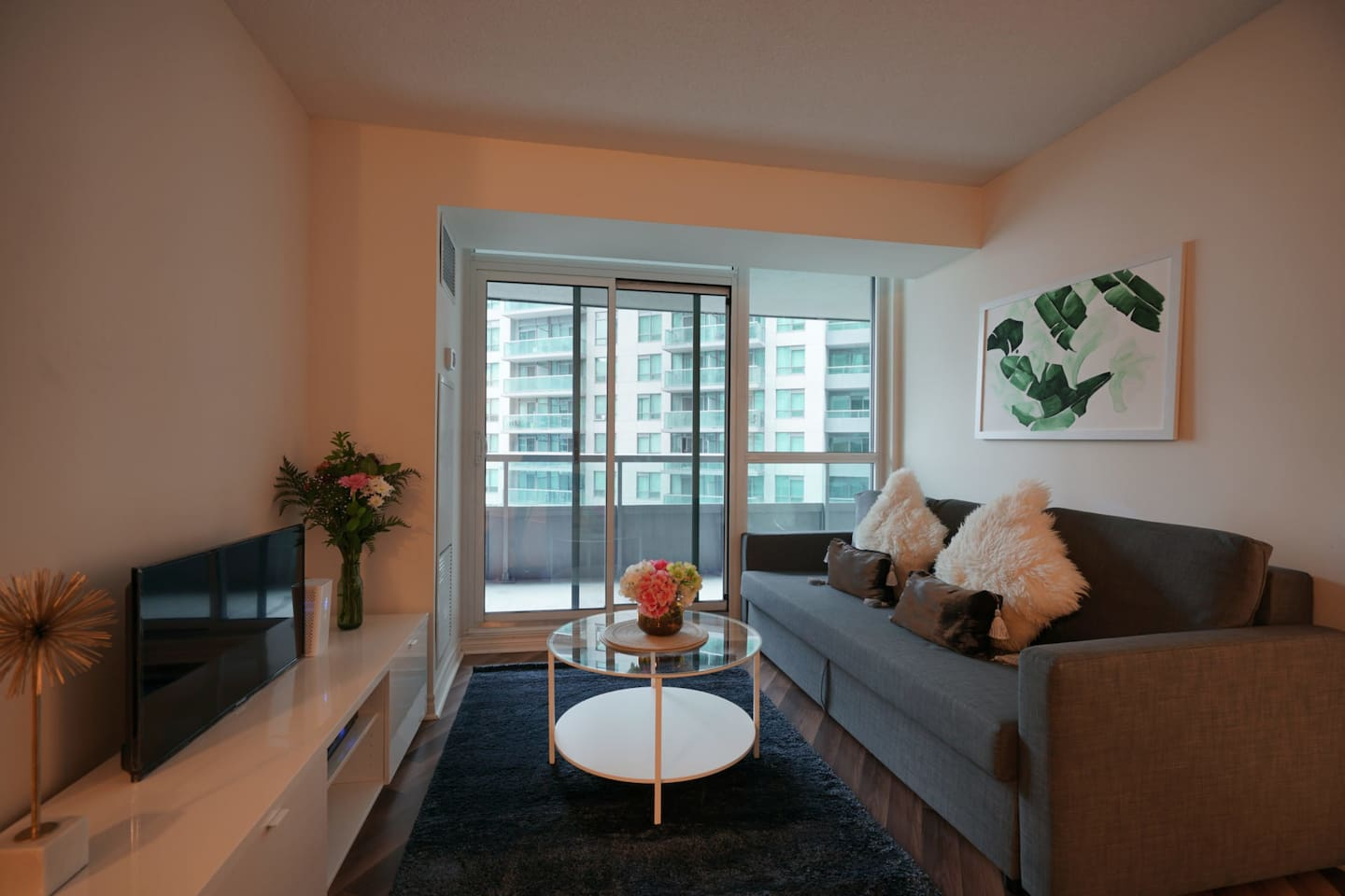 2 Bedroom and 2 Full Bathroom in Heart of the City - Apartments for ...
