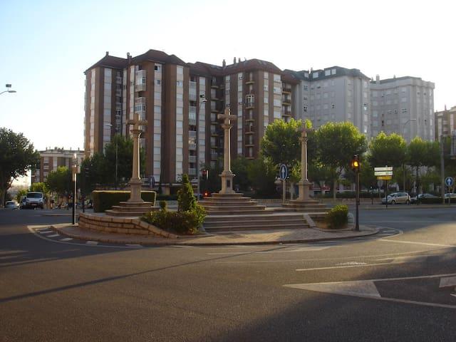 Habitación con cama doble 3cruces - Zamora - Rumah