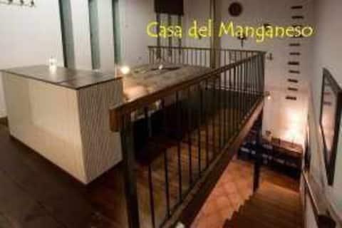 Casa del Manganeso, Casa de dos alturas para desconectar