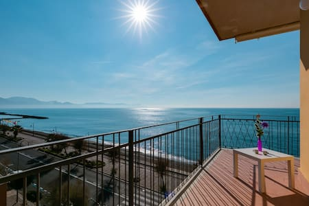 Wonderful apartment SOLEMARE - 20mt from the sea!