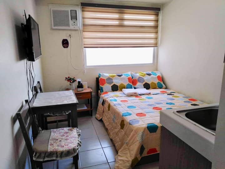 Vangie's affordable cityview condo @ EDSA Shaw