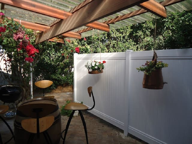 Self Catering Lemon Tree Cottage - Kapstadt