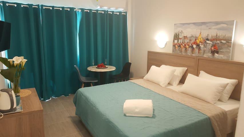 Manoli Apartments