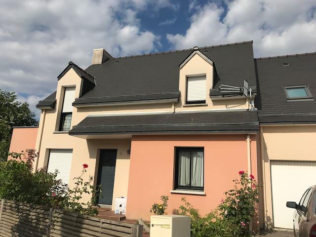 Habitacion cerca de Rennes