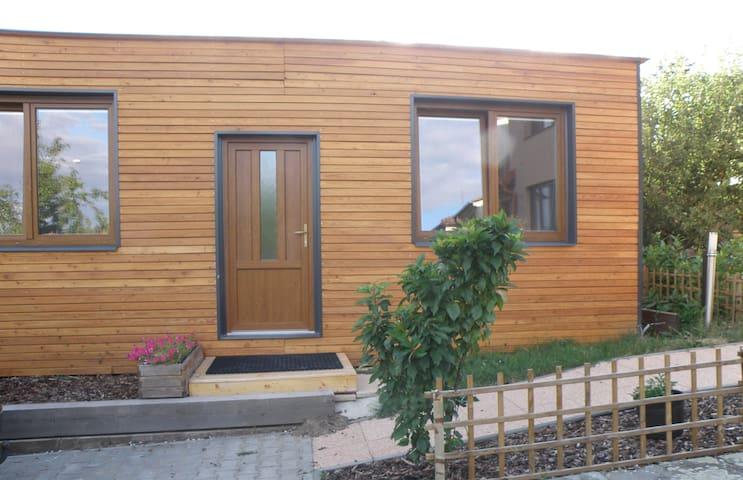 Pronájem nové dřevostavby na soukromém pozemku