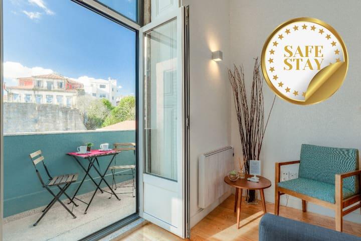 Oporto Wood Sensations I - Duplex with balcony