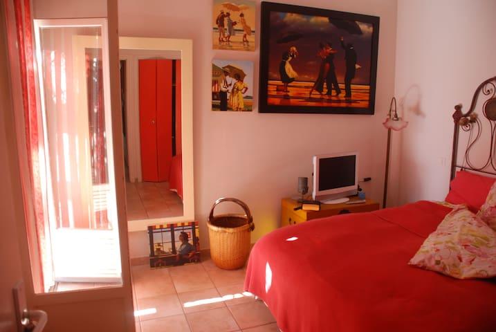 Villa with garden steps from beach 3bedroom3baths - Corbara - Villa