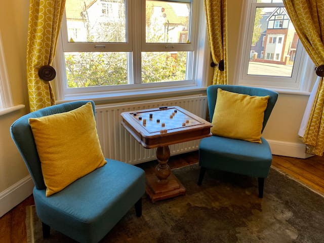 Four poster room chess table / seating area