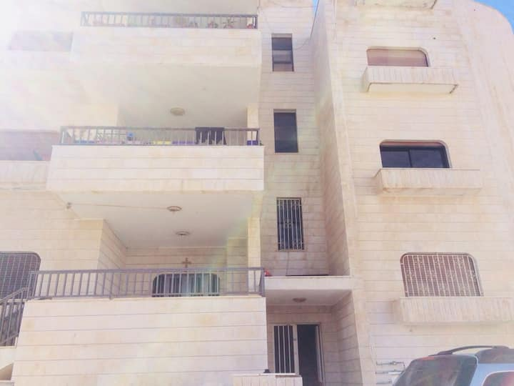 Unfurnished Flat in Madaba